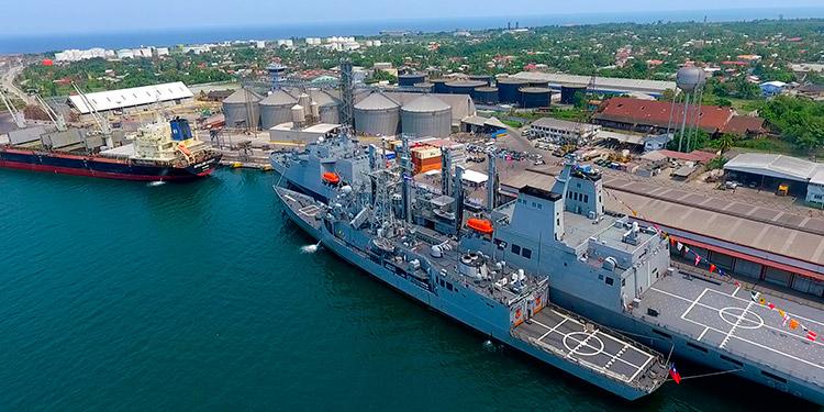 La mitad del comercio salvadoreño pasa por Honduras y deja utilidades importantes a los inversionistas privados en Puerto Cortés.