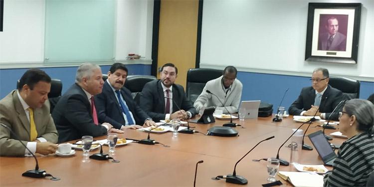 Los diputados prometen incluir las observaciones que hicieron los representantes de los empresarios.