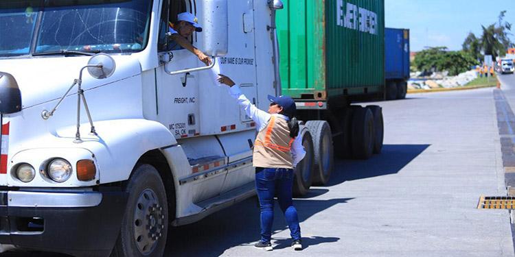 En Centroamérica las mercancías circulan a una velocidad promedio de 18.4 kilómetros por hora, en los países desarrollados aumenta a 60 kilómetros.