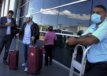 Activados los protocolos de seguridad en el aeropuerto.