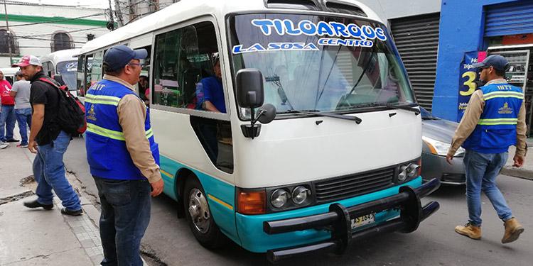 Por los abusos que cometen a diario los conductores del servicio público de pasajeros y por la ilegalidad, los inspectores del IHTT en lo que va del año han decomisado 104 unidades.