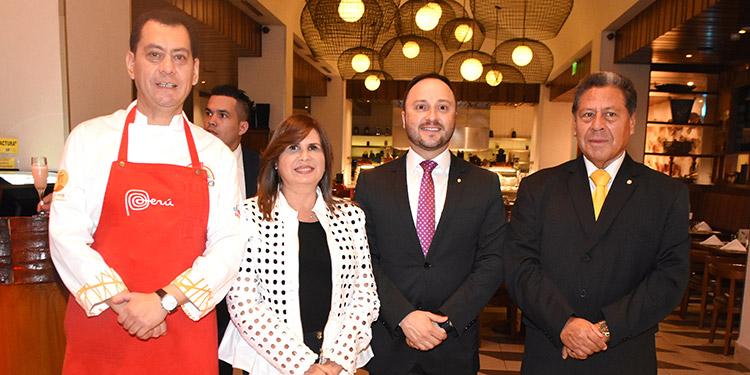 Guillermo Gonzáles Arica, Elzette Casanova, Joel Muchnik, Tulio Mendaca.