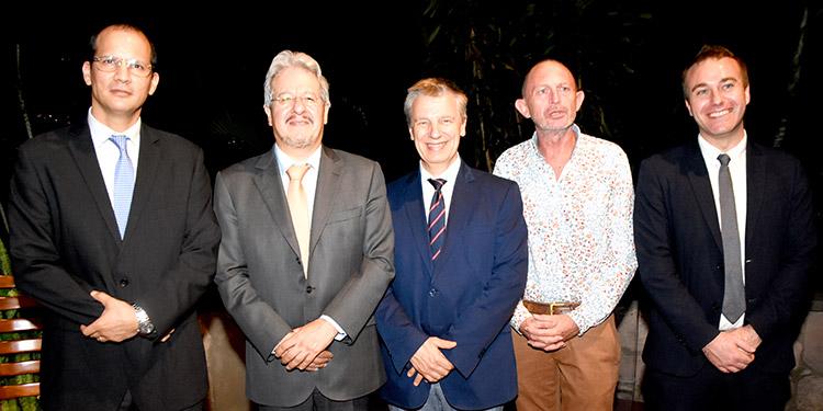 Richard Barathe, embajador Emmanuel Pineda, Frederic Barna, Etienne Labande, Vivien Darras.