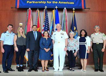 La reunión de trabajo con el Comando Sur y los representantes de Honduras fue realizada en Miami.