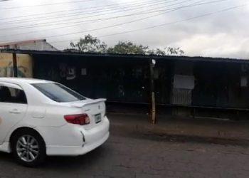 El punto de taxis Centro - La Joya cerró operaciones este lunes.