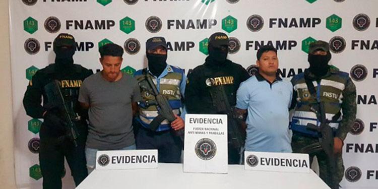 Los operadores del transporte fueron detenidos por extorsionar a sus propios compañeros.