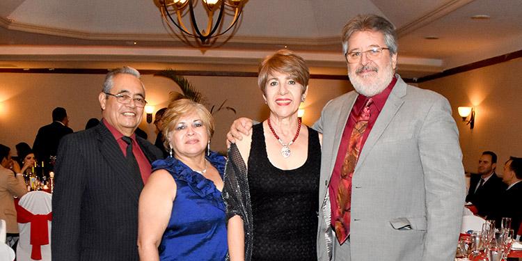 Orlando Betancourth, Rosa Edith Betancourt, Yolani de Pastor, Pablo Pastor.