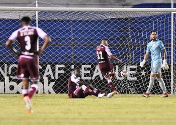 En la imagen, jugadores de Saprissa de Costa Rica. EFE/José Valle/Archivo