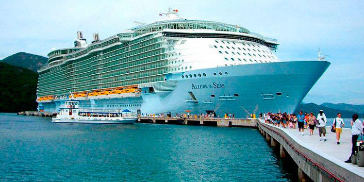 Una crucerista estadounidense que viajó en un crucero a Honduras falleció debido a una neumonía bacteriana, según autoridades de Salud.