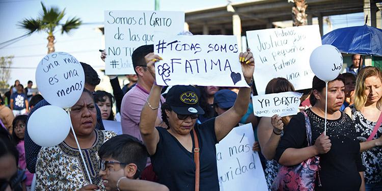 El hallazgo de una niña de siete años asesinada en Ciudad de México generó indignación el lunes, dos días después de que centenares de mujeres protestaran en varias ciudades por el terrible crimen de una mujer de 25 años.