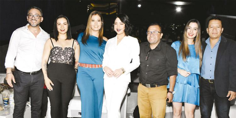Abraham Espinoza, Rosa Alvarado, Isis Vásquez, Gabriella Peña, Juan Carlos Ortiz, Ana Lucía Hernández, Ernesto Boquín.