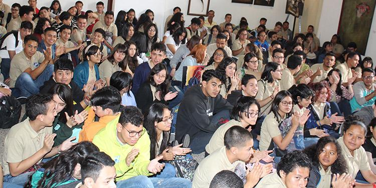 Los alumnos de la Escuela Nacional de Bellas Artes durante la inauguración de su año lectivo.