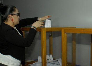 Los afiliados acudieron a votar la planilla de José Luis Rivera Sagastume.