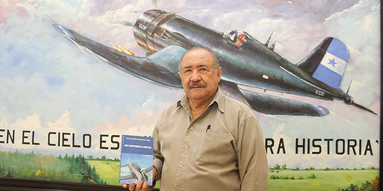 Coronel de Aviación ® José Alfredo San Martín.