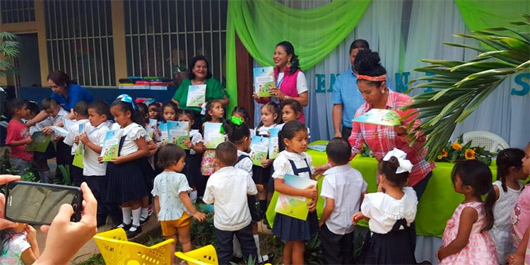 El apoyo fue dirigido a los centros educativos de Catacamas.