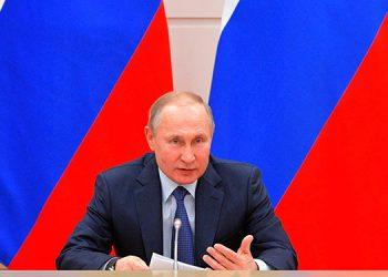 Putin anuncia el registro de una segunda vacuna contra la COVID-19