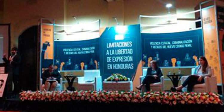 Leyes como el nuevo Código Penal criminalizan la libertad de expresión en Honduras.