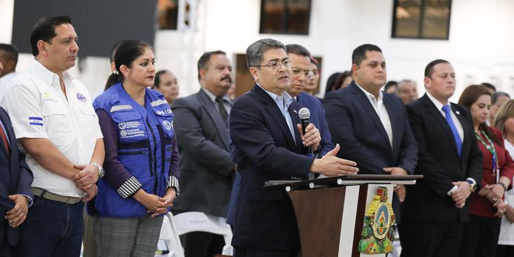 """La representante de la OMS/OPS, Piedad Huerta, expresó que """"estamos aquí para colaborar en todo lo que haga falta""""."""
