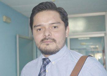 Director del Hospital Alvarado sometido a prueba de COVID-19