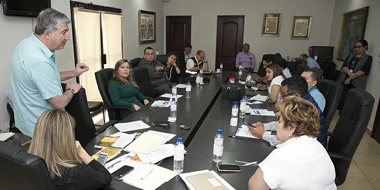 Alcaldía capitalina define estrategia contra el COVID-19