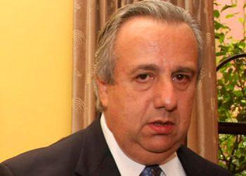 """Federico Álvarez: """"una empresa cerrada no puede pagar impuestos, luz eléctrica y el salario de los empleados...""""."""