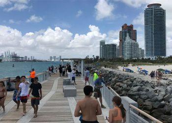Florida contabiliza 30.533 contagios de COVID-19 y más de 1.000 muertes