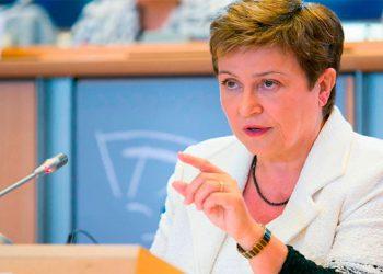 FMI aprueba fondos para aliviar deuda de 25 países pobres
