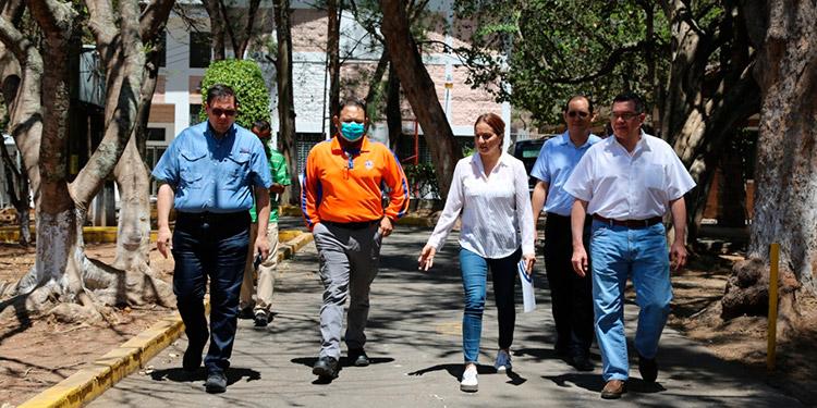 Autoridades establecieron cinco zonas de trabajo en el territorio nacional, lideradas por secretarios del estado para controlar la expansión del COVID-19.