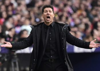 Atletico Madrid's Argentinian coach Diego Simeone reacts during the Spanish league football match between Club Atletico de Madrid and Villarreal CF at the Wanda Metropolitano stadium in Madrid on February 24, 2019. (Photo by JAVIER SORIANO / AFP)