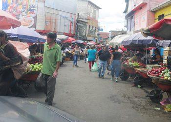 Policías acordonarán mercados para evitar aglomeraciones
