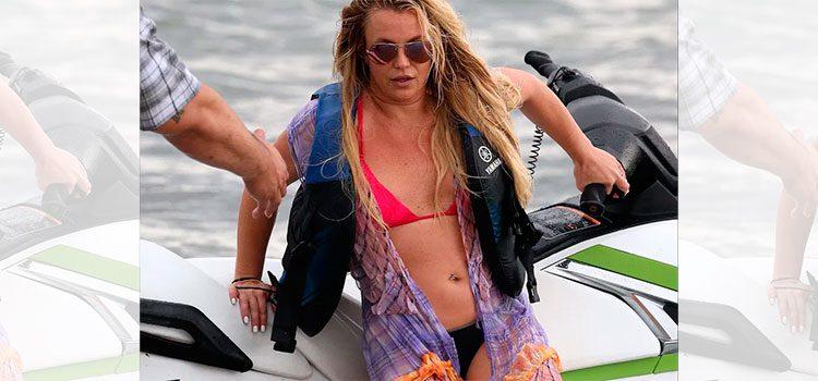 Así fue el terrible momento en que Britney Spears se rompió el pie bailando (Video)