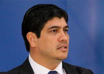 Costa Rica plantea recorte de gasto
