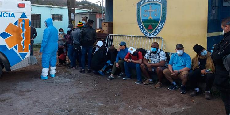 A cuarentena en la Villa Olímpica hondureños que ingresaron por Las Manos