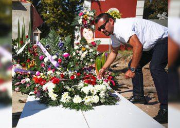 Amigos de estudiante de Tijuana aseguran que fue acosada por su verdugo incluso ya muerta