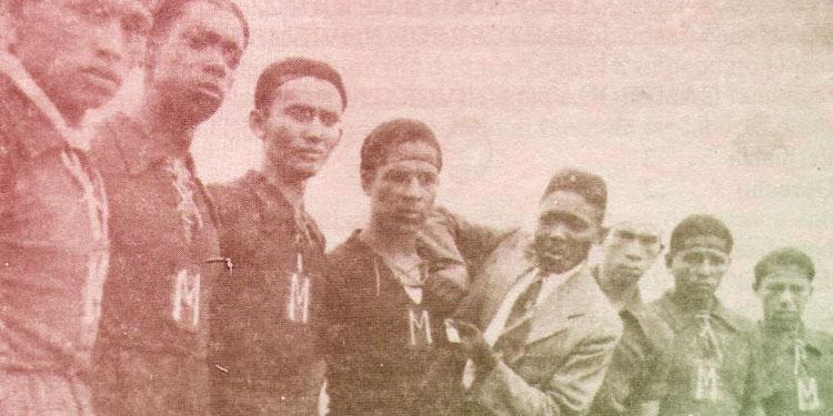 """1 El Motagua de los años 40 con """"Majoncho"""", """"Miselem"""", Nelly y Lurio Martínez."""