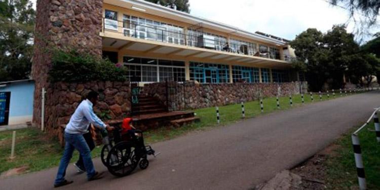 Hospitales privados atenderán a contagiados del coronavirus