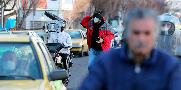 Aumentan a 66 los muertos por coronavirus de 1,501 contagiados en Irán