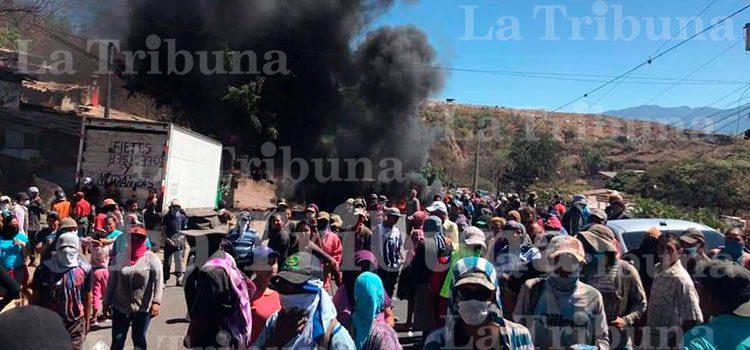 Pepenadores se toman la carretera a Olancho