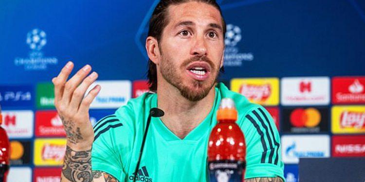 Ramos insta al club a recurrir su tarjeta roja ante el City
