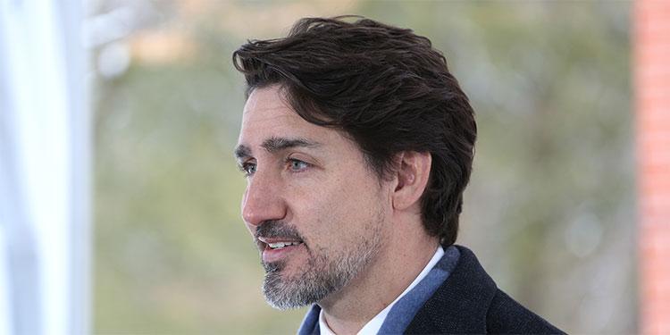 Un llamado del primer ministro de Canadá a permanecer en casa se hace viral (Video)