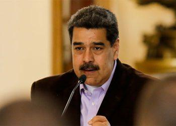 """Venezuela dice que EEUU intenta """"nueva modalidad de golpe de Estado"""" al inculpar a Maduro"""