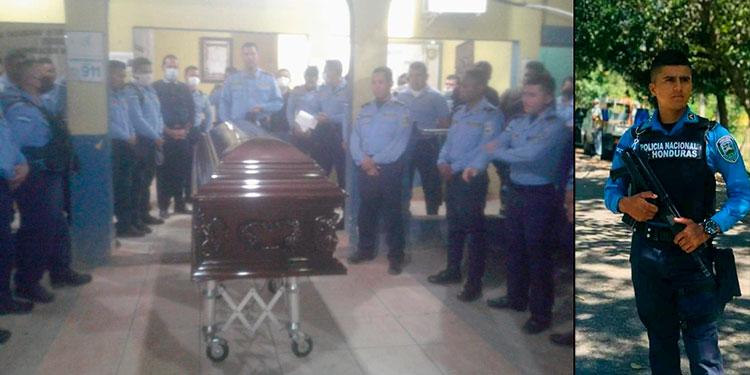 Con dolor y pesar los funcionarios de la Unidad Departamental de Policía Número 2 en Colón despidieron al agente de policía ultimado.