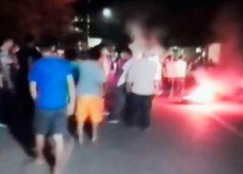 """""""Zafarrancho"""" entre Policía y vecinos de Santa Bárbara"""