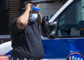 Octavo inmigrante bajo custodia de autoridades de EEUU muere de COVID-19
