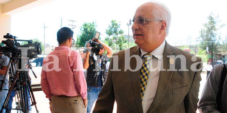 Honduras necesita hacer más 'pruebas de PCR' diarias, opina rector de la UNAH