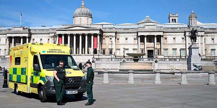 Gobierno británico dice que el Reino Unido 'está en el pico' de la pandemia
