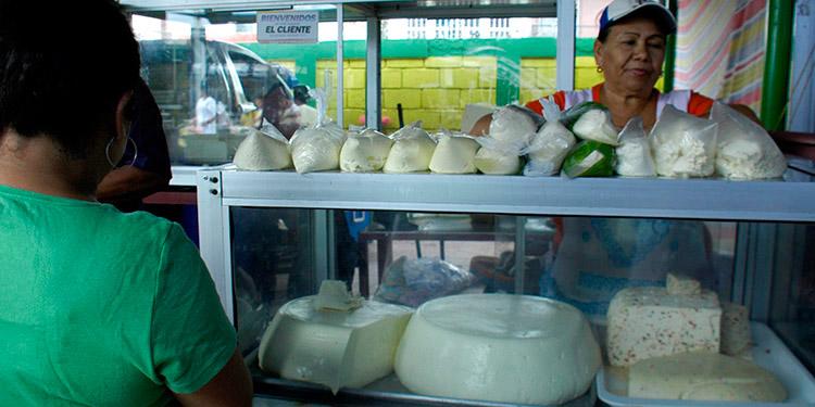 Abasto de lácteos se ampliará a hogares bajo cuarentena por COVID-19