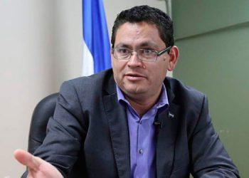 Marlon Escoto sugiere hacer un replanteamiento del sistema educativo en Honduras