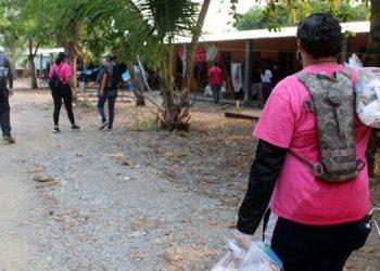 Operación 'Honduras Solidaria' sigue con entregas de alimento en municipios (Vídeo)