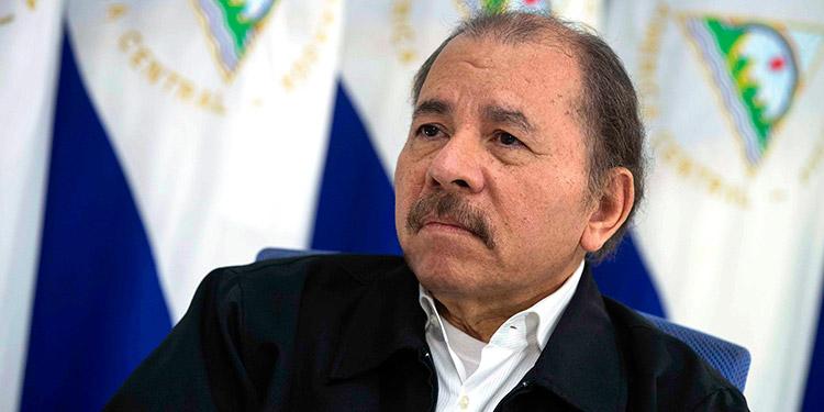 Ortega reaparece en TV tras 34 días y defiende estrategia frente a pandemia